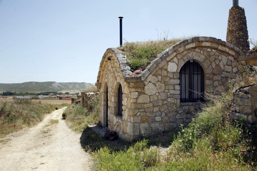Fotos bodegas villalaco - Bodegas en sotanos de casas ...